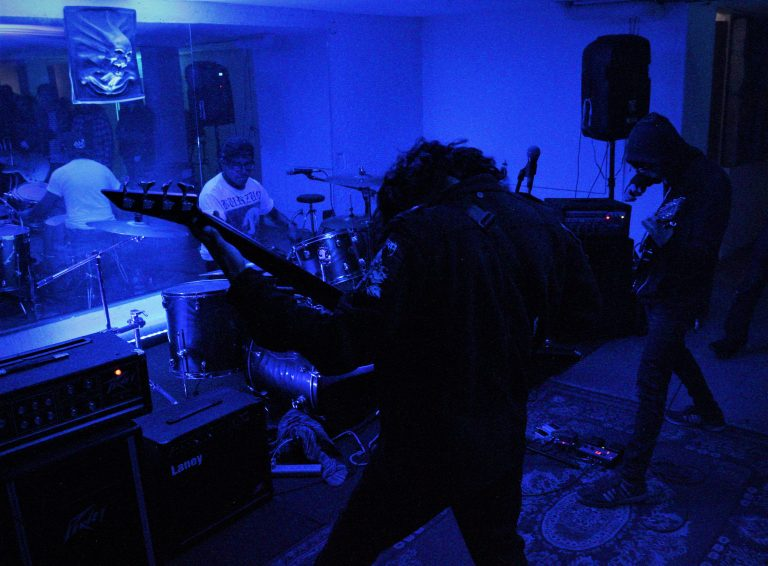 FIESTA GROTESCA: Un evento lleno de sonidos ásperos 12