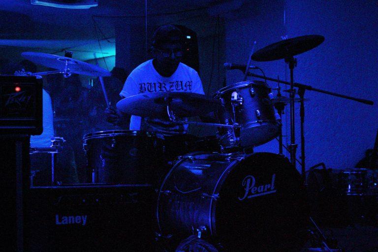 FIESTA GROTESCA: Un evento lleno de sonidos ásperos 13