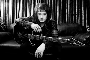 """""""GHOST"""" bajista de Motionless In White abandona la banda después de 7 años. 1"""